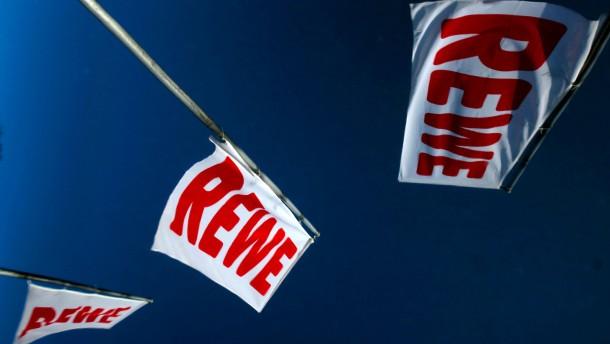 Edeka und Rewe streiten über die nächste Übernahme