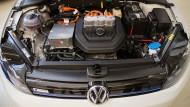 Der Motor eines Elektro-Golfs