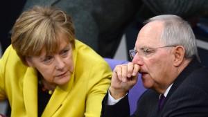 Sind Merkel und Schäuble auf Distanz zueinander?