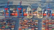 Schäubles Chefvolkswirt verteidigt deutschen Exportüberschuss