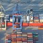 Am Containerterminal im Hamburger Hafen: Deutschland erzielt den höchsten Exportüberschuss aller europäischen Länder.