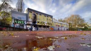 Vom Paradies geträumt und in Nordrhein-Westfalen aufgewacht: So sehen im reichen Bonn die Turnhallen aus.