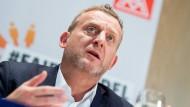 Roman Zitzelsberger ist Bezirksleiter der IG Metall Baden-Württemberg.