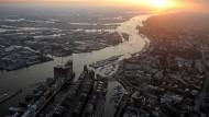 Neue Hürde für Vertiefung der Elbe
