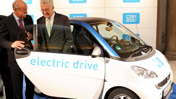 car 2 go stuttgart startet carsharing mit 300 elektroautos wirtschaft faz. Black Bedroom Furniture Sets. Home Design Ideas