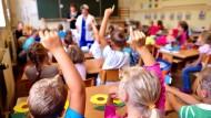 Die Methode, mit der Kinder heutzutage oft das Schreiben lernen ist anstrengend und wenig erfolgversprechend, findet unser Gastautor.