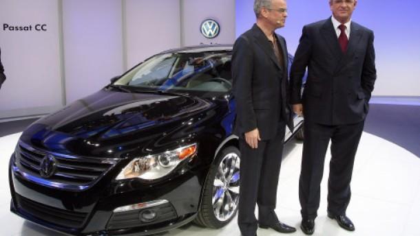 Automesse in Detroit - Martin Winterkorn und Stefan Jacobi