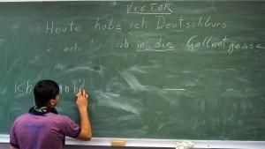 Wenige Flüchtlinge finden in Österreich Arbeit