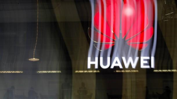 """Neue Sanktionen könnten Huawei """"tödlichen Schlag versetzen"""""""