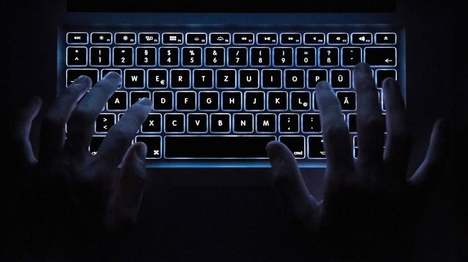 Die Zahl der Internet-Attacken nimmt zu.