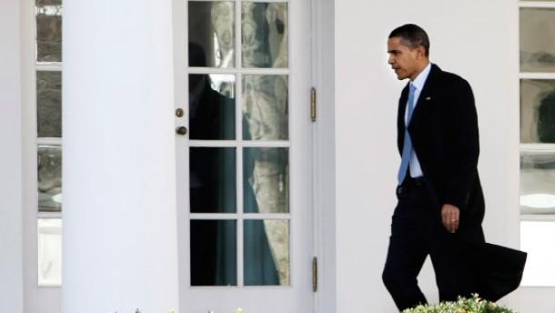 Obama schimpft über Bonzen an der Wall Street