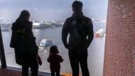 Um 16.30 Uhr fluchtartig das Büro verlassen, um Zeit mit den Kindern zu verbringen? In Deutschland noch längst nicht so üblich wie in Schweden, sagt Anna Andersson.