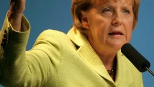 Merkel verkündet Opel-Verkauf an Magna