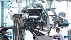 Chipmangel lässt Volkswagens Gewinn sinken