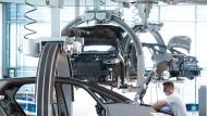 Endmontage bei Volkswagen in Dresden