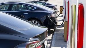 Tesla übernimmt Solarfirma