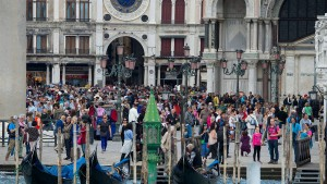 Wie das Coronavirus der weltgrößten Reisemesse zusetzt