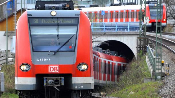 Züge sollen schneller auf die Schienen kommen