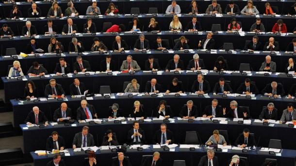 Europaabgeordnete drohen mit Veto