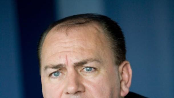 Axel Weber, Präsident Detusche Bundesbank, gibt der F. A. Z. ein Interview.