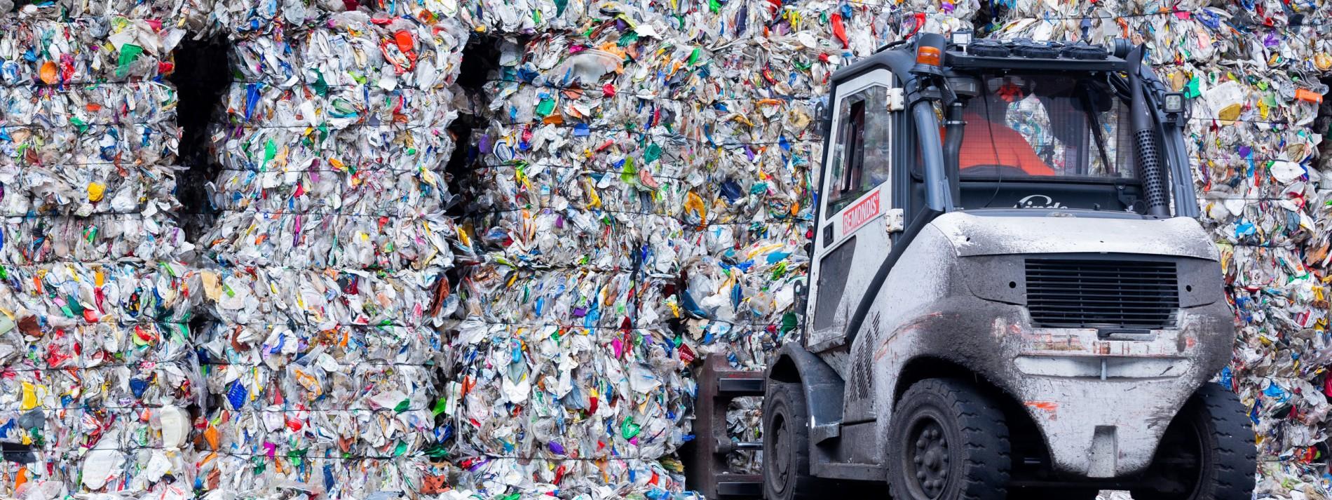 Plastik wird zu Erdölersatz