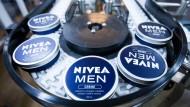 Die Nivea-Creme ist wohl das bekannteste Beiersdorf-Produkt.