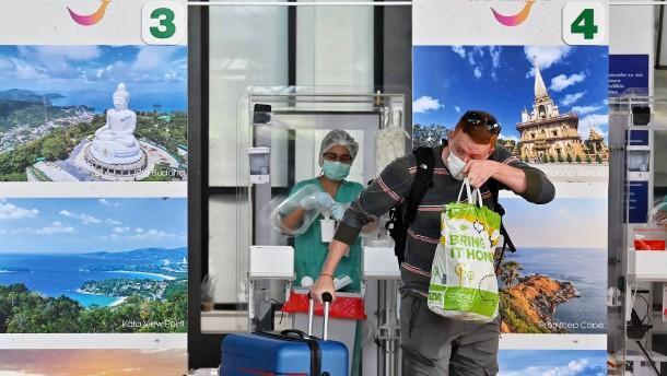 Asiens Mallorcas öffnen unter Schmerzen