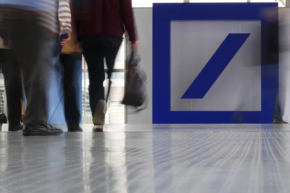 Bild Zu Deutsche Bank Online Banking Hat Software Panne Bild 1