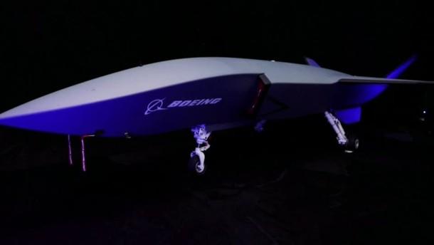 Boeing stellt Begleitdrohne vor