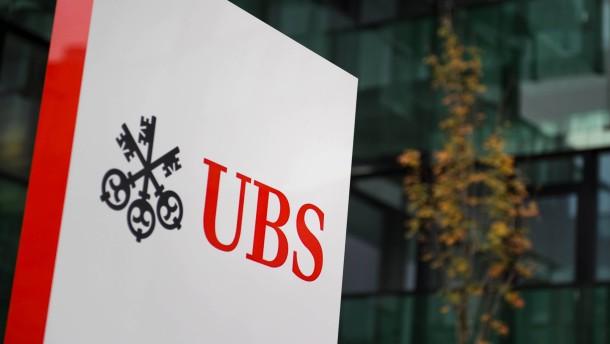 Bei der Großbank UBS wackeln 10.000 Stellen