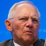 Momentan an vielen Fronten im Einsatz, nicht nur in Sachen Dividenden-Besteuerung: Finanzminister Wolfgang Schäuble während der IWF-Frühjahrestagung in Washington.