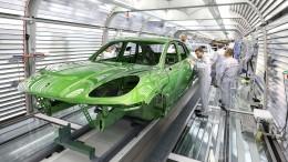 Porsche kündigt Preisaufschläge für harten Brexit an