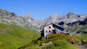Schweizer Tiefsteuerkantone  denken um
