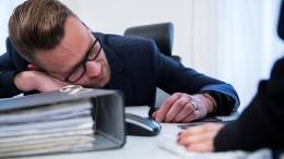 Fast jeder zweite Arbeitnehmer fühlt sich gestresst