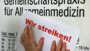 Tausende Hausärzte im Streik