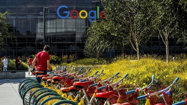 Tech-Aktien trotzen dem Facebook-Debakel