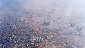 Neu-Delhi kämpft mit Fahrverbot gegen den Smog