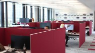 Blick in das Europa-Hauptquartier von Microsoft in München Schwabing: Feste Arbeitsplätze gibt es hier nicht.