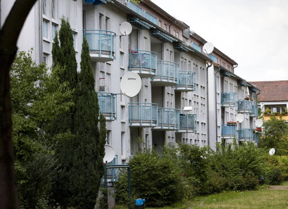 deutsche wohnen lehnt bernahme durch vonovia weiter ab. Black Bedroom Furniture Sets. Home Design Ideas