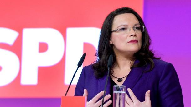 Bundesparteitag SPD 2011 - Die Parteispitze der SPD lädt Delegierte zum dreitägigen Bundesparteitag nach Berlin.
