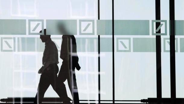 Deutsche Bank streicht 1000 Stellen