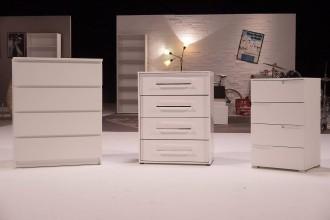zdfzeit doku wer ist der beste m bel discounter irrlichternd durch ikea. Black Bedroom Furniture Sets. Home Design Ideas
