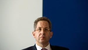 Verfassungsschutzpräsident lobt Snowden