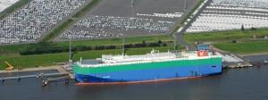 Autoterminal neben dem Volkswagen-Werk in Emden: Durch das TTIP-Abkommen würde die größte Freihandelszone der Welt entstehen.