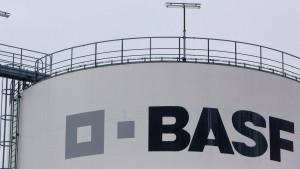 Weltgrößter Chemiekonzern BASF kippt Gewinn-Ziele