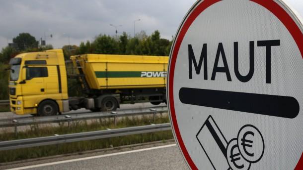 CDU kritisiert Dobrindts Maut