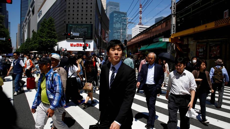 Wie viel Arbeit, wie viel Freizeit - das wird aktuell in Japan stark hinterfragt.