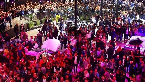 Autobranche will weiter öffentlich debattieren