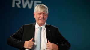 RWE-Chef: Strom muss endlich günstiger werden
