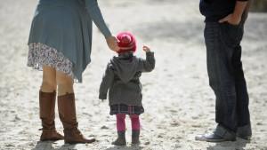400.000 Familien beziehen Betreuungsgeld